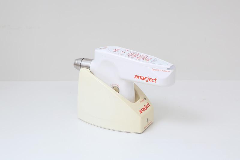 コンピューター制御の電動麻酔機
